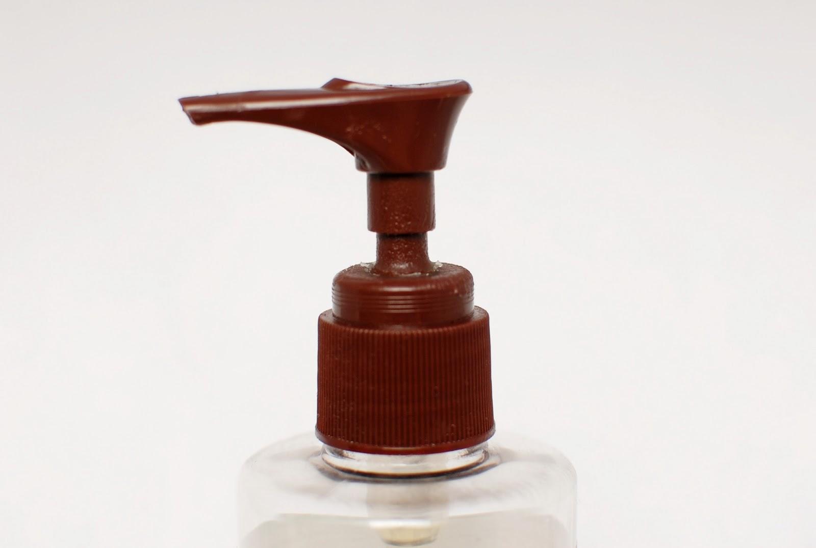 Desert Essence Thoroughly Clean Face Wash pump