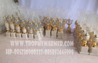 Jual trophy kristal