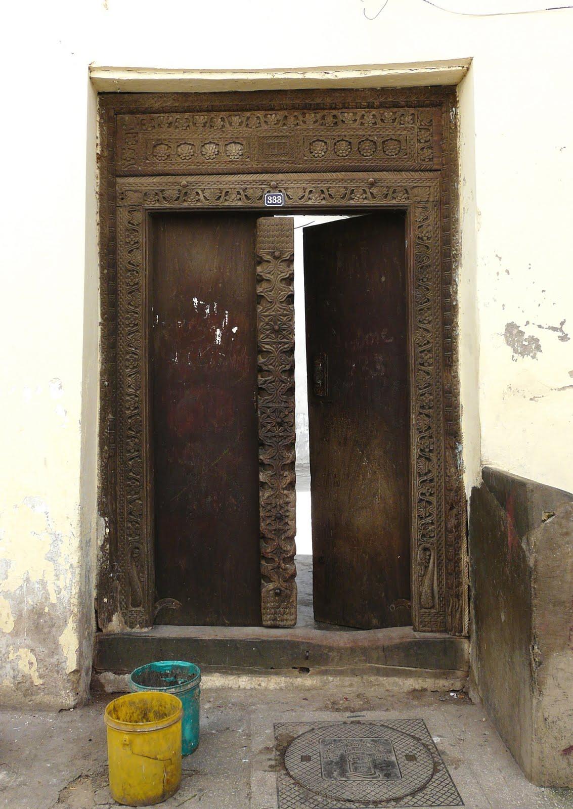 Zanzibar Stories \u0026 History & Zanzibar Stories \u0026 History: The Arab Doors of Stone Town