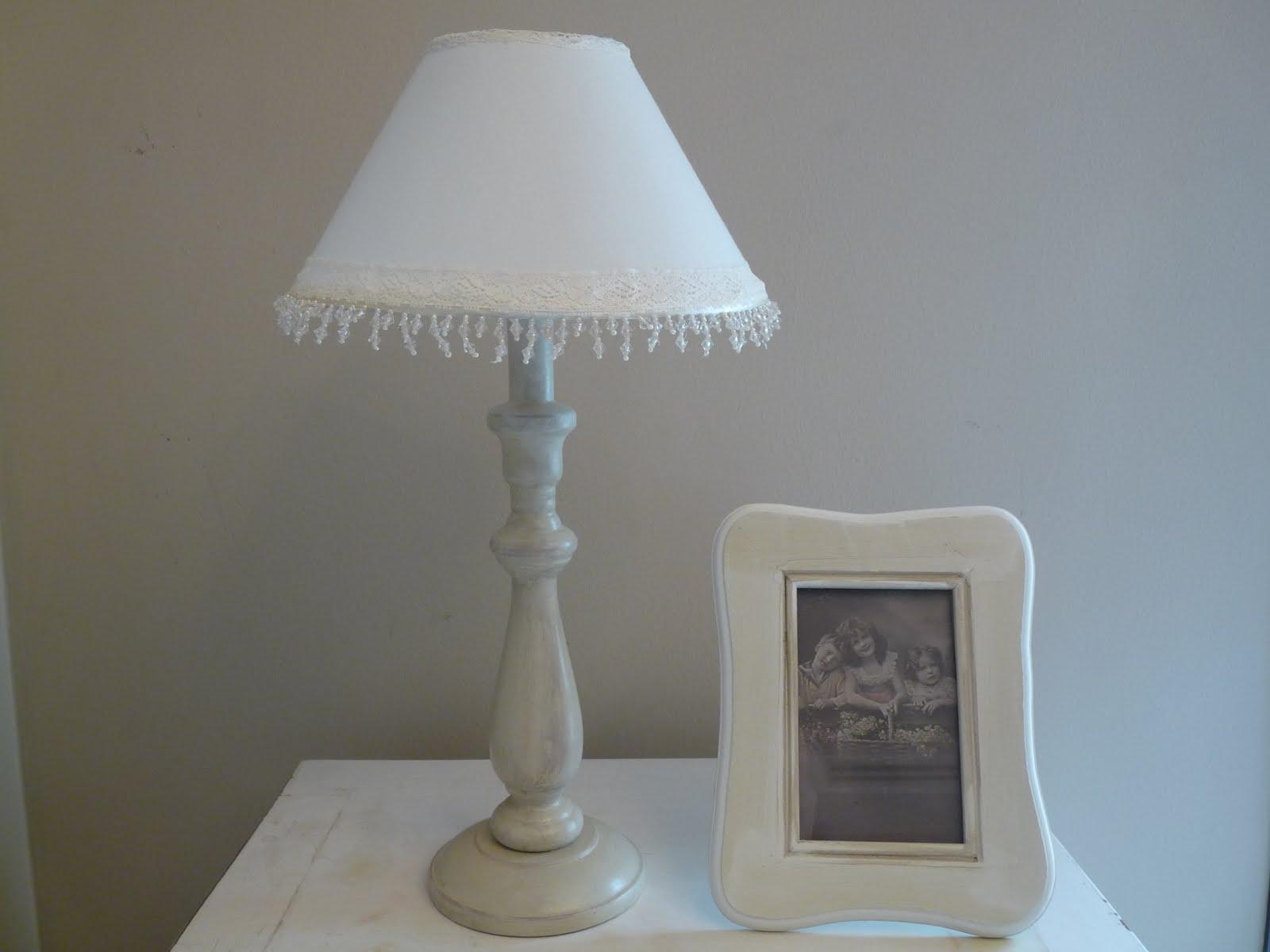 El taller de cayetana lampara vintage y marco - Lamparas estilo shabby chic ...