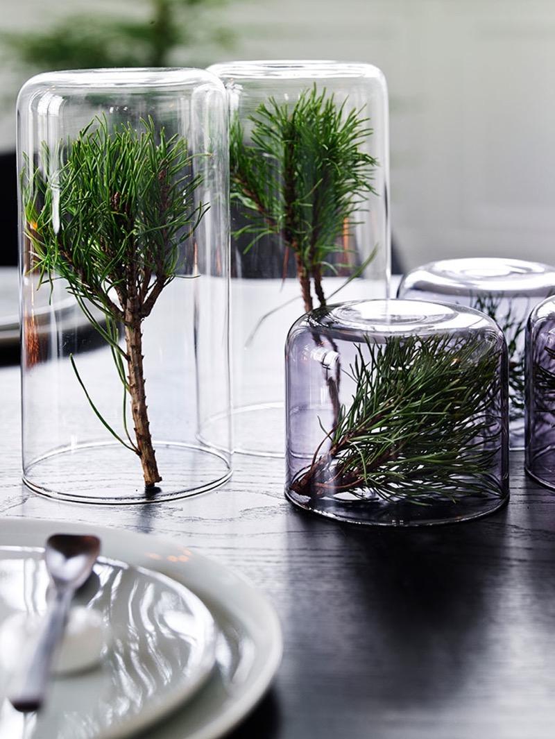 havunoksat lasimaljakoissa