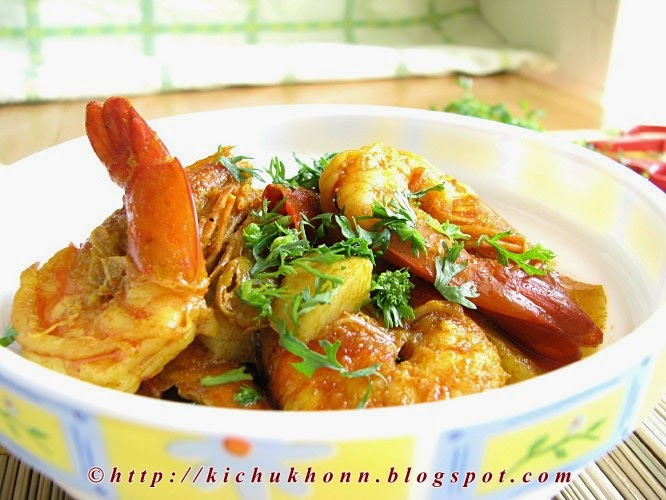 Bengali style Prawn curry