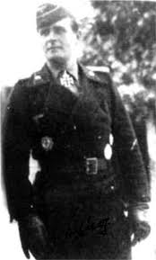 Achtung Hauptman Walter Scherff Bush Tank Hero