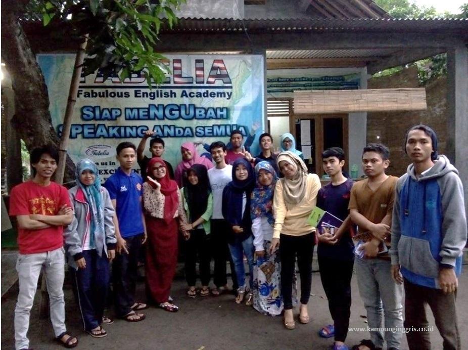 Fabelia (Fabulous English Academy)