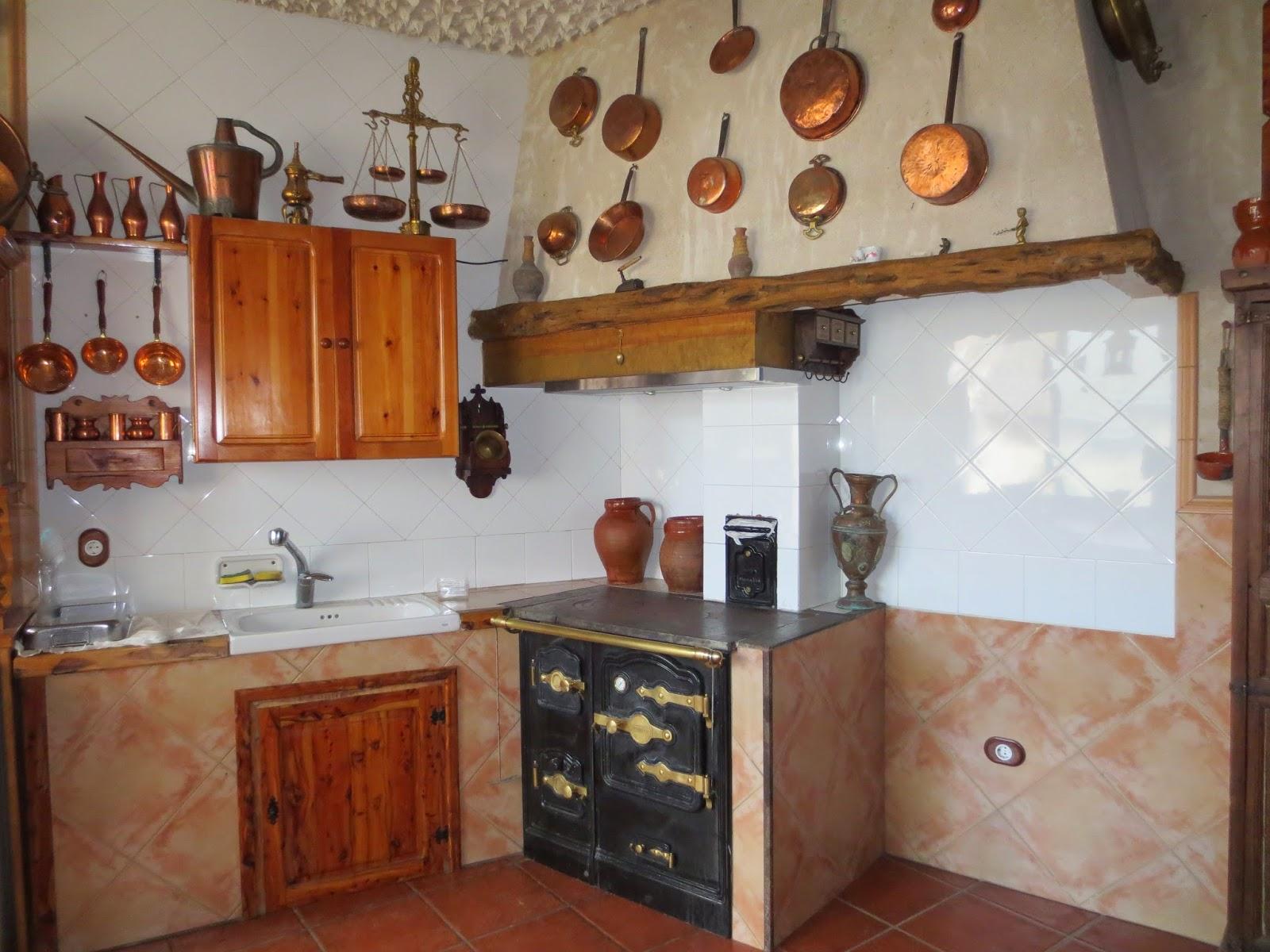 El talon sierte construcci n en segovia mayo 2015 - Cocina antigua de lena ...