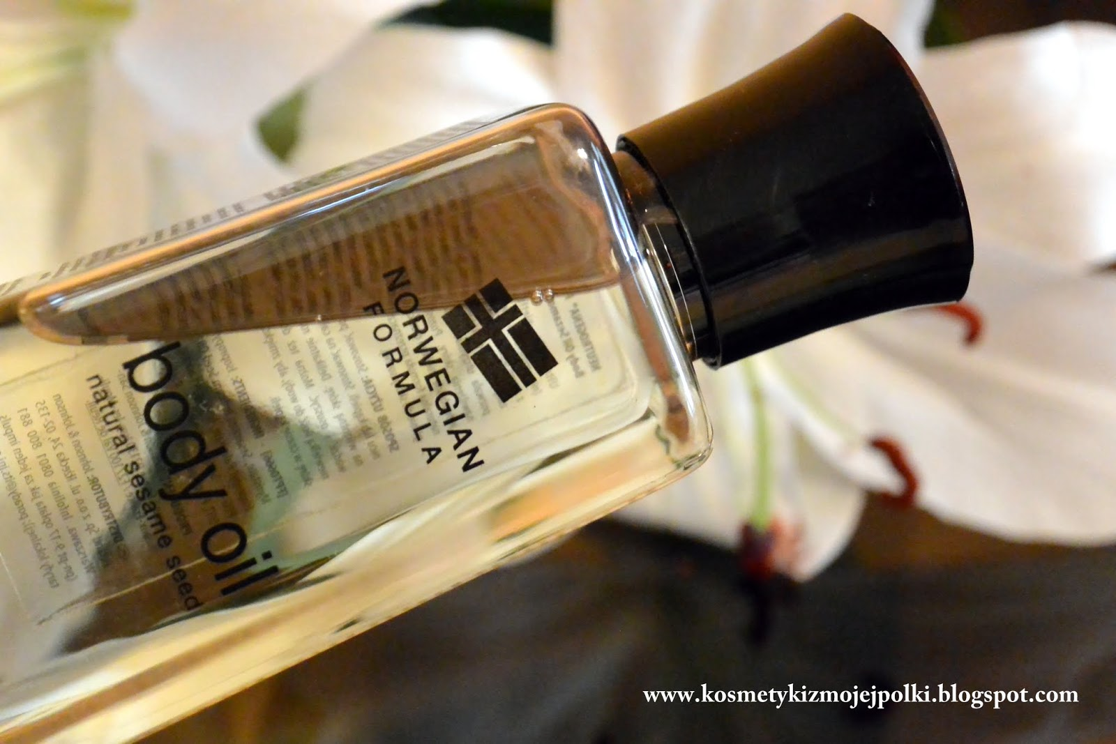 Na ratunek suchej skórze NEUTROGENA® Formuła Norweska Body Oil