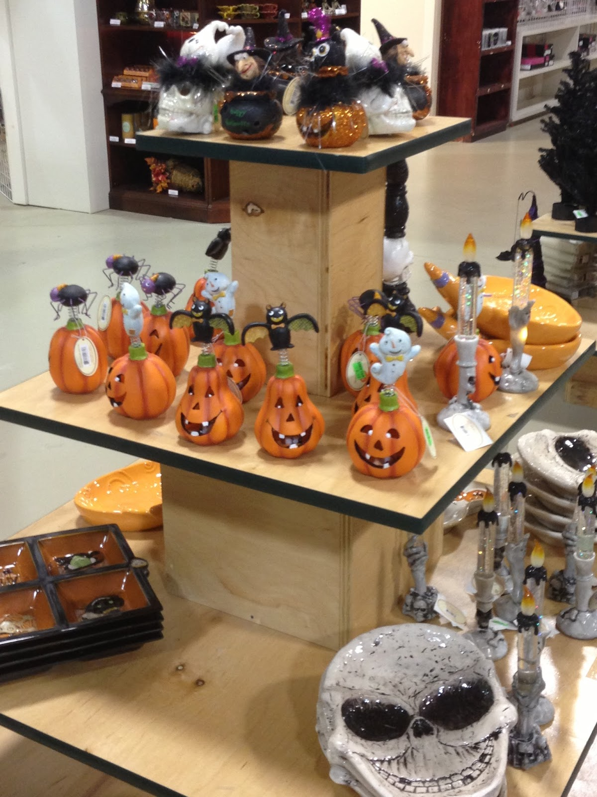 The Holidaze: Halloween Superstore