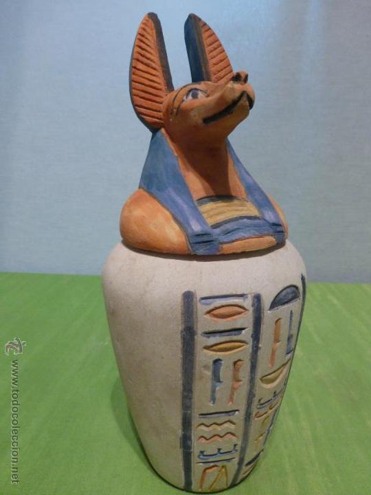 El inframundo un viaje sin retorno duamutef uno de los for Decoracion en ceramica artesanal