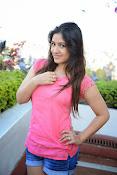 Prabhajeet Kaur Glamorous Photo shoot-thumbnail-47