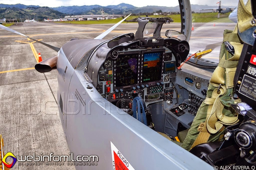 Embraer T-27 Tucano Colombia
