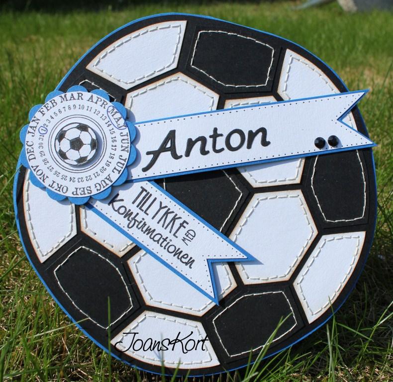 Et fodboldkort efter donnas skabelon, desværre blev bolden ikke så