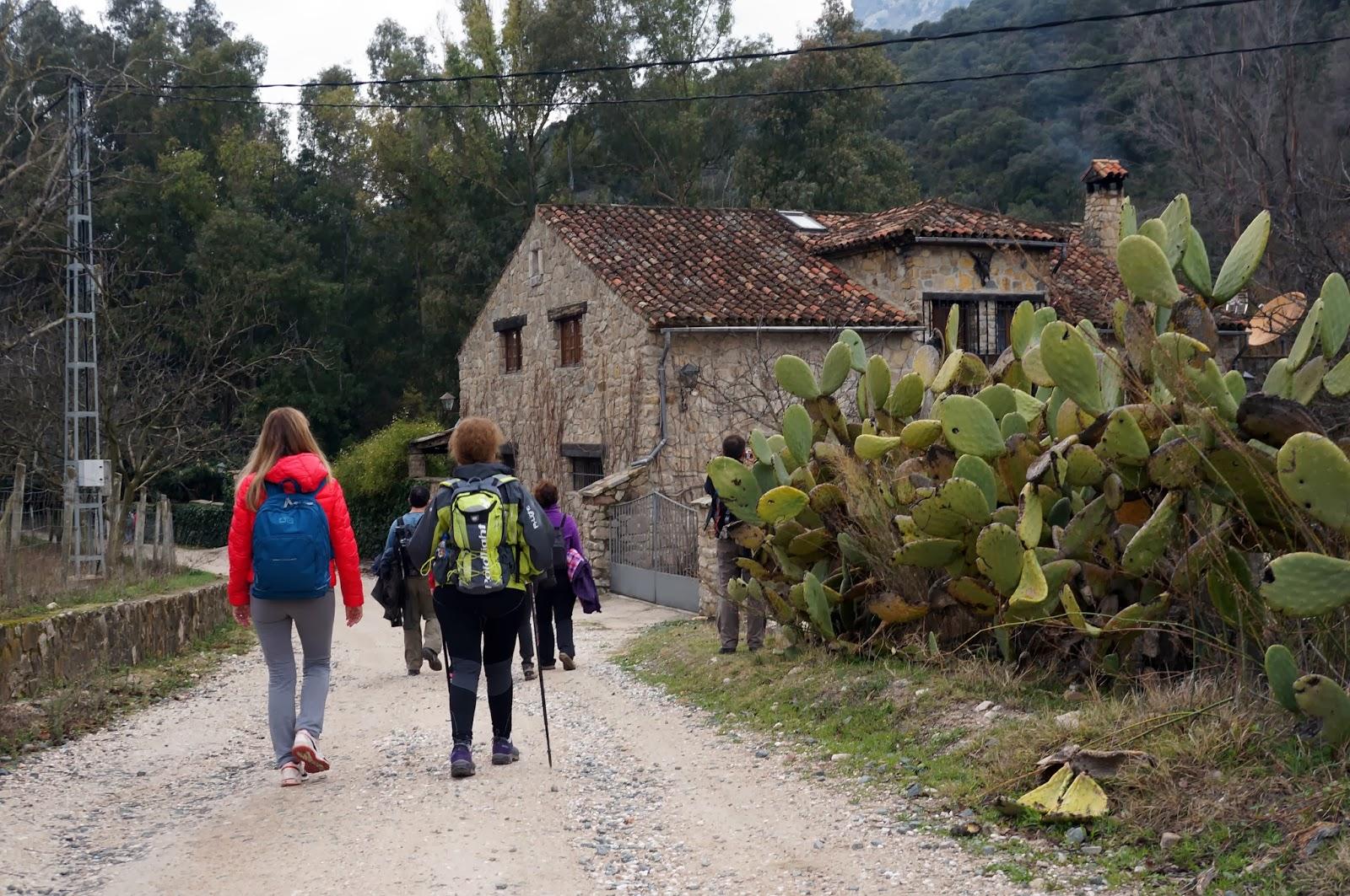 Senderismo en Málaga: Ruta desde Benaoján hasta Jimera de Líbar