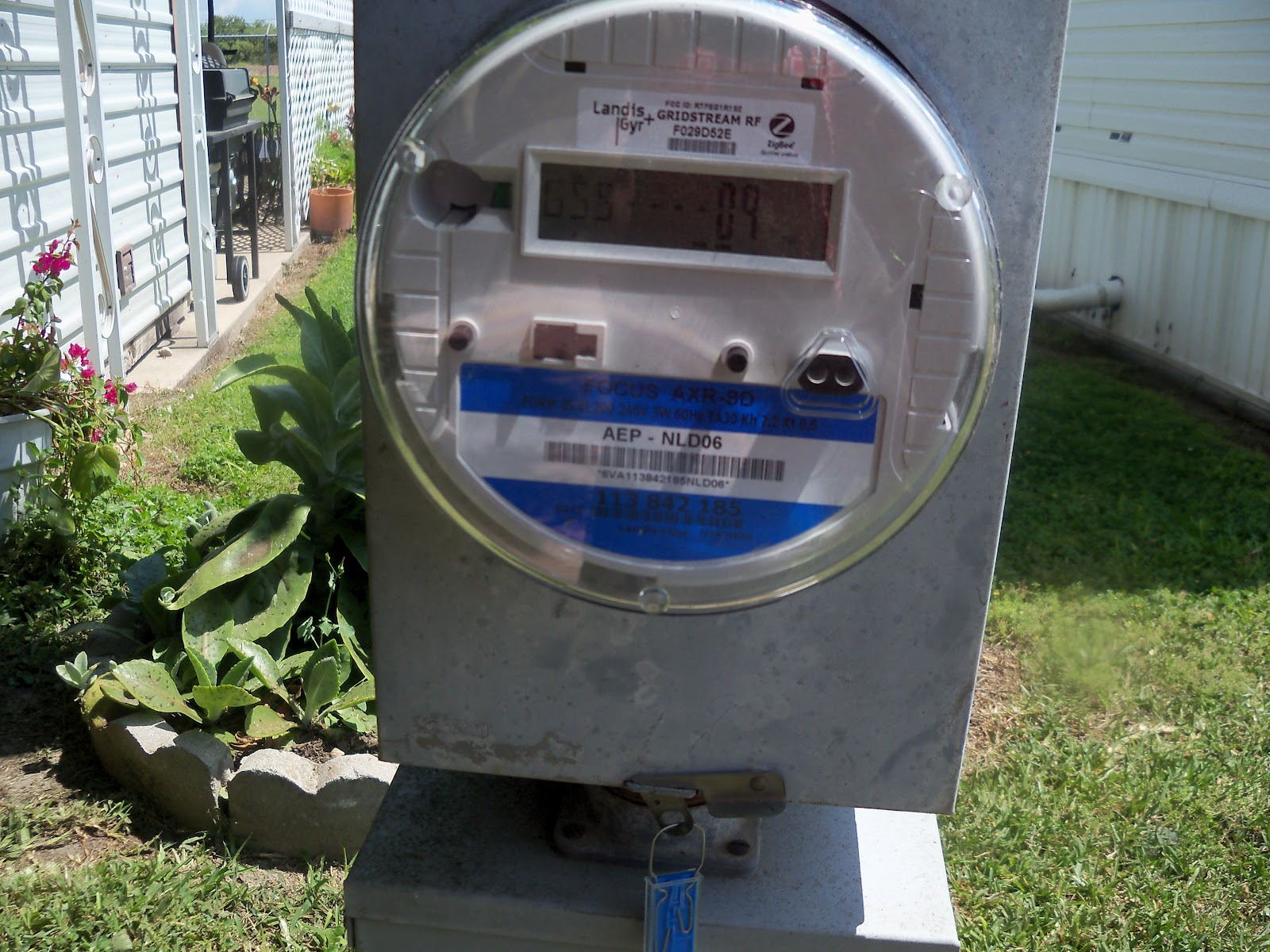 New Digital Electric Meter : Donna s ramblings at r v e new digital electric meters