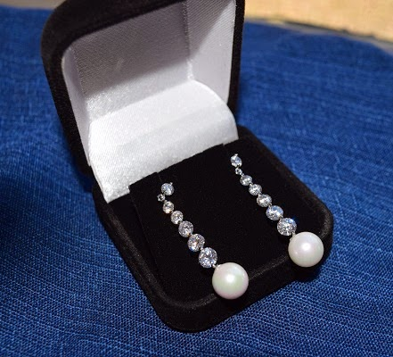 orrous legacy 18k Gold Plated White Shell Pearl with 6 Graduated Cubic Zirconia Drop Earrings