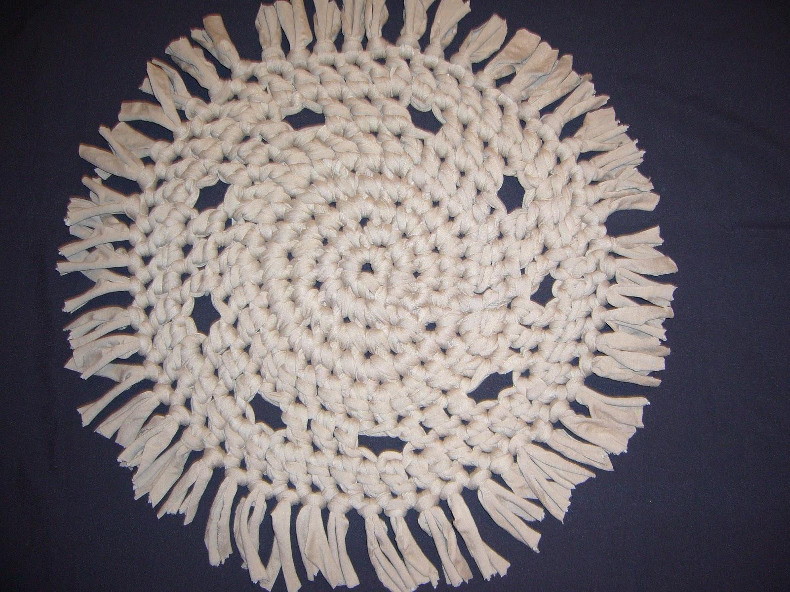 """""""grandes"""", surgieron estas mini-alfombras(50 cm diámetro aprox"""