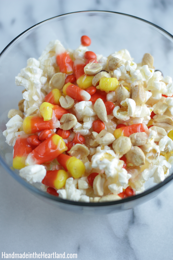 Fall Snacking: Popcorn Bar & Spiced Mexican Chocolate Sauce #SkinnyGirlSnacks #CollectiveBias