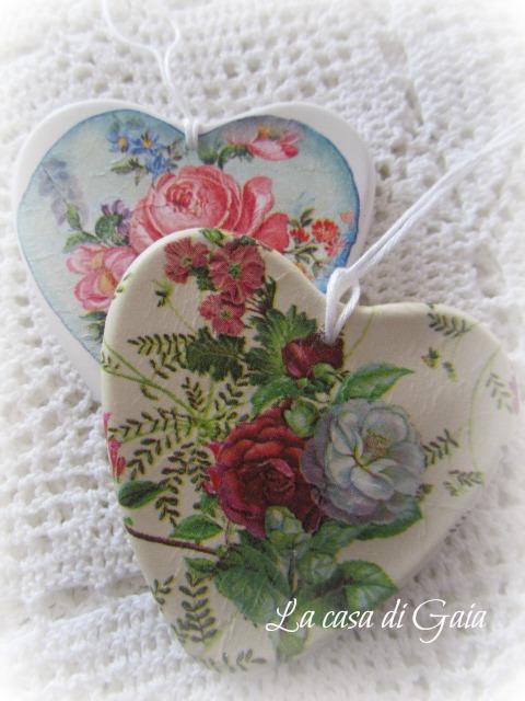 La casa di gaia cuori di gesso a fiori voglia di primavera - Il giardino di gesso ...