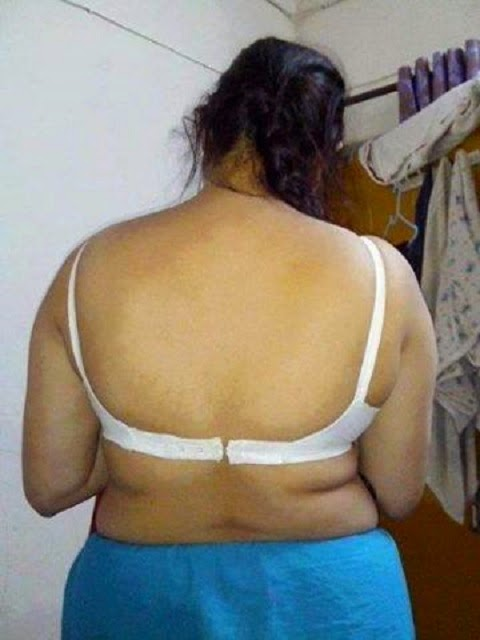 Aunty Back Photos