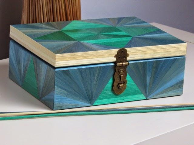 lapaillendeco coffre bijoux ou bo te couture d cor en marqueterie de paille. Black Bedroom Furniture Sets. Home Design Ideas