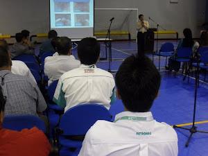 Tongkat Ali Nu-Prep 100 ' Seminar kesihatan Petronas - KLCC Dis 2011.