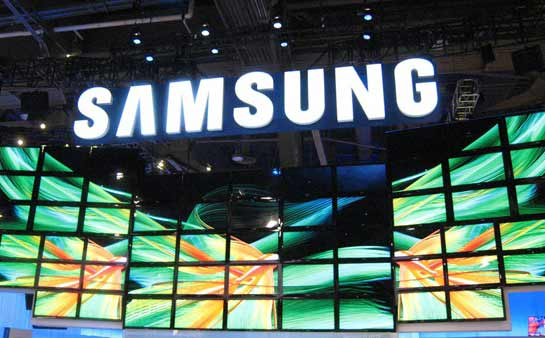 Samsung selling 40% of total Android devices
