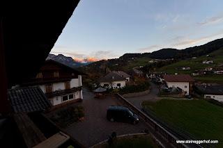 http://www.steineggerhof.com/de/hotelinformationen/fotogalerie/rosengarten-abendrot-id-5487966786395871217.html