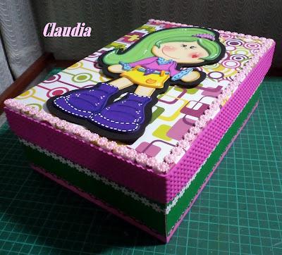 Forever claudia caja de zapatos decorada con goma eva y - Como adornar una caja de zapatos ...