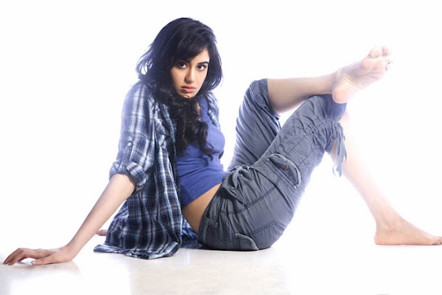 Adah+Sharma+Latest+Spicy+Photoshoot+Gallery+%282%29