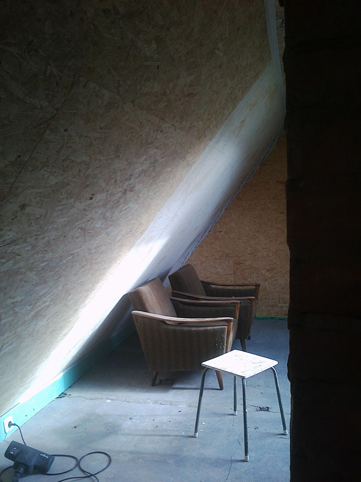 karl erwin und die frau ein haus wird gl cklich leimfarbe warum bekommt man sowas nicht in. Black Bedroom Furniture Sets. Home Design Ideas
