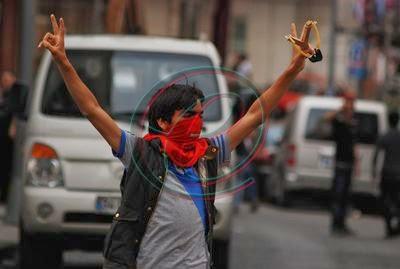 Berkin Elvan, 29 Mayıs 2013'te Okmeydanı'ndaki taşlı,sopalı, şişeli, patlayıcılı çatışmada.
