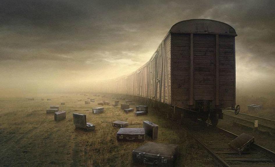 http://1.bp.blogspot.com/-8Z6sOZOdf6g/UgdmESA2pnI/AAAAAAAAAYc/cQXc1vfdEyM/s1600/train+hope.jpg