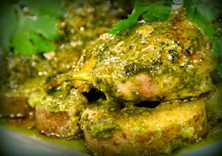 Pollo al cilantro con arroz al pimiento