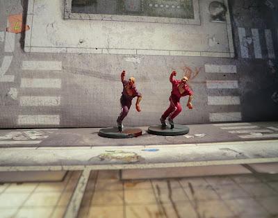 Zombicide Kickstarter Runner painted Jogging zombie