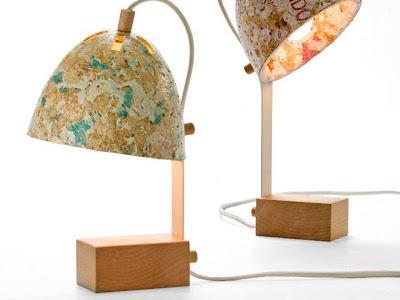 Luminárias de sacolas plásticas e serragem
