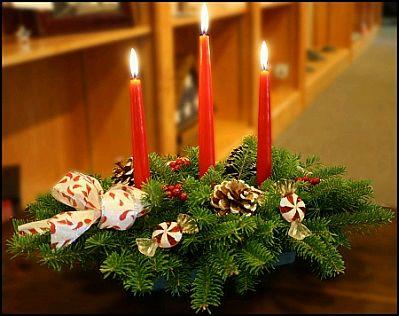 Decoracion facil centros de mesa con flores y frutos secos - Mesas decoradas para navidad ...