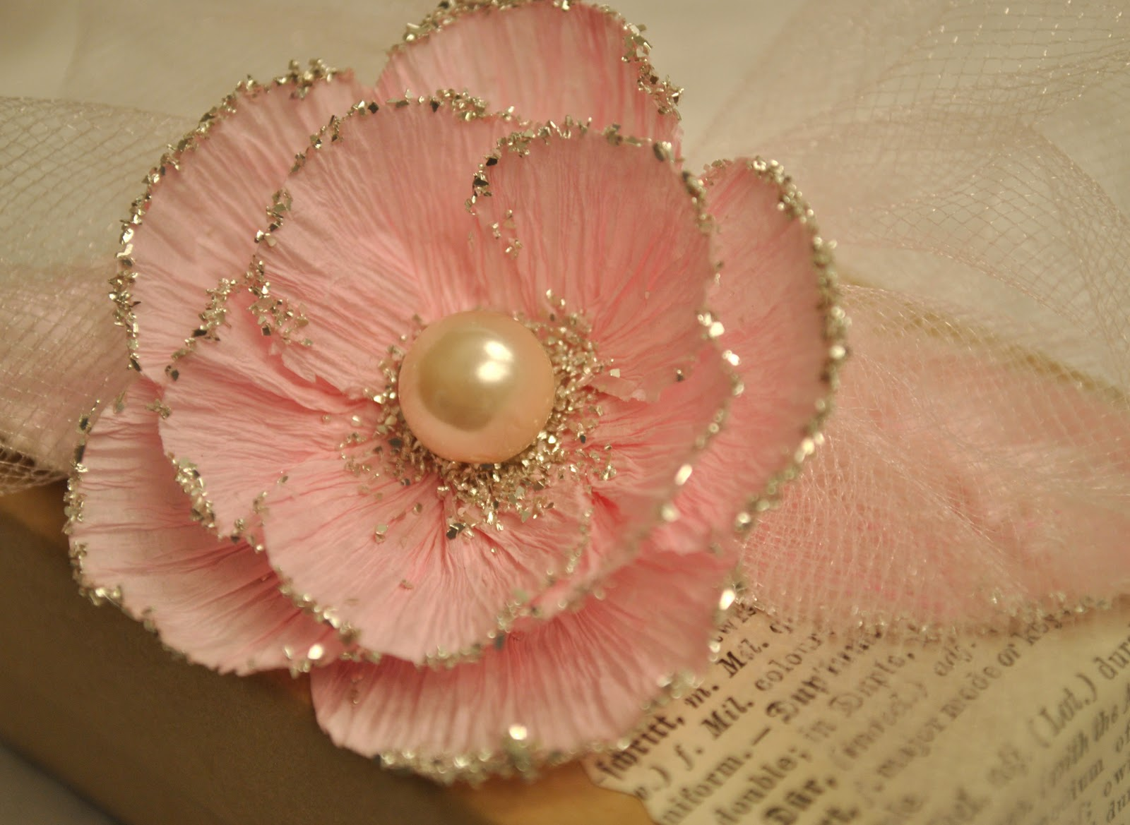 Artful affirmations free video tutorials for Crepe paper wall flowers