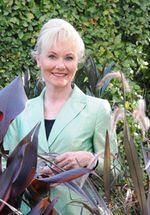 """Interview mit Dr. Kristin Lammerting, Autorin des von mir rezensierten Buches """" Eleganz im Garten"""""""