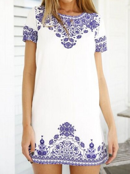 http://www.choies.com/product/white-tile-print-short-sleeve-keyhole-back-shift-dress_p42733?cid=3508jesspai