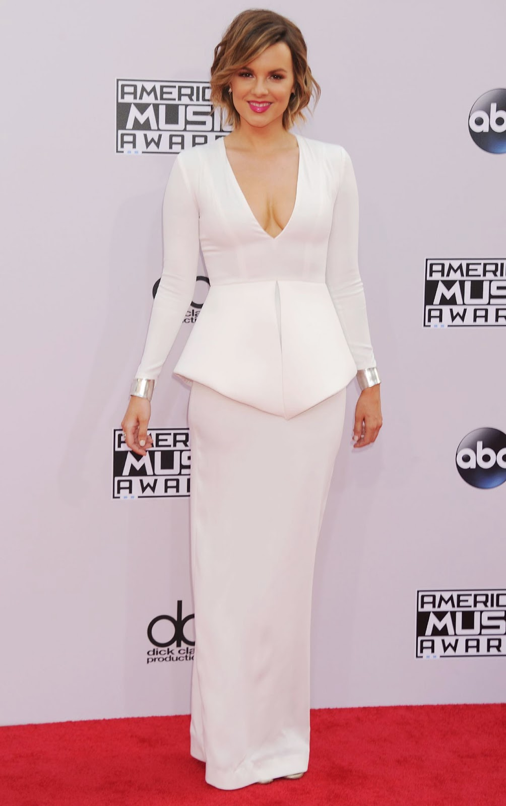 Ali Fedotowsky – 2014 American Music Awards - Red Carpet