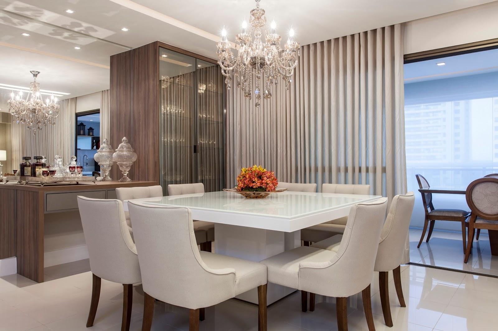 #385D93 23 Salas de Jantar com Lustres Clássicos Suntuosos Encante se! 1600x1065 píxeis em Decoração Para Sala De Jantar Com Papel De Parede