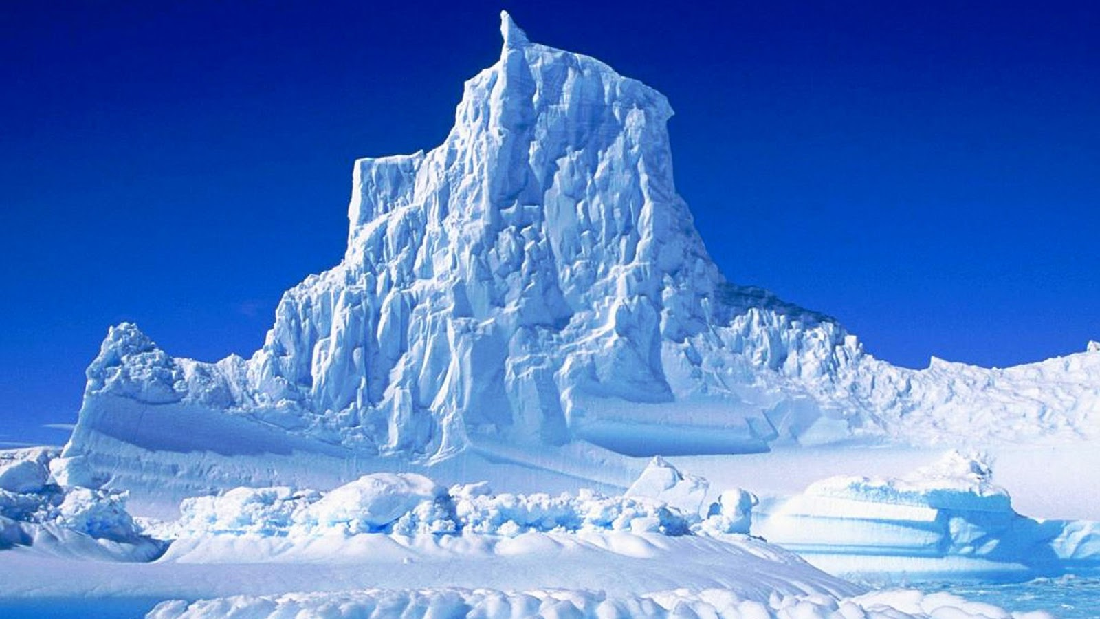 Frozen waves in antarctica must see how to for Can you visit antarctica
