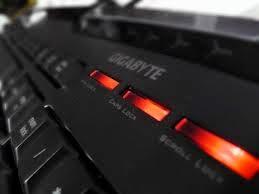 lampu-keyboard-disko-berkedip