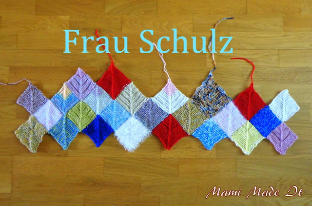 Knitting a Blanket - Decke stricken - Frau Schulz