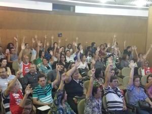 Servidores do INSS suspendem temporariamente a greve em Alagoas