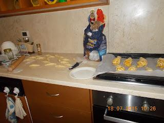sfogliatine di mele-ceescake freddo  - tiramisù con caffè e crema al  mascarpone
