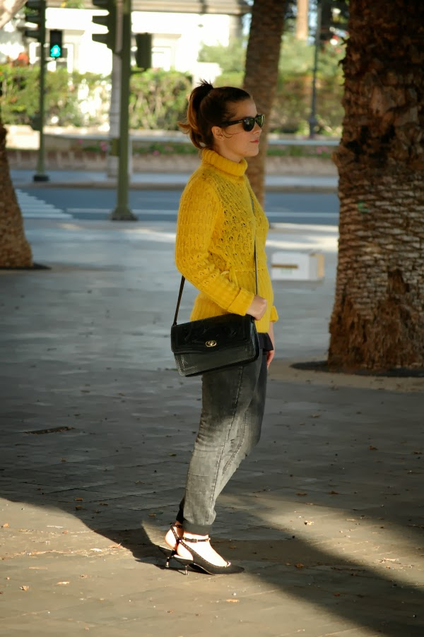 look_outfit_jersey_amarillo_mostaza_guess_nudelolablog_07