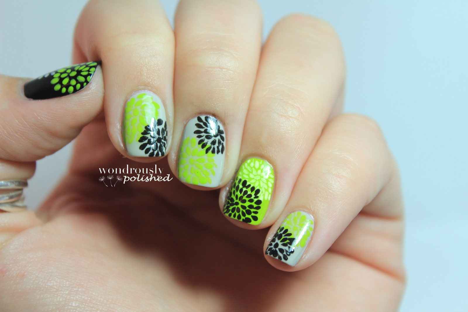 Wondrously Polished: 31 Day Nail Art Challenge - Day 4: Green Nails