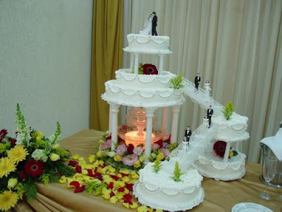 Bolo Decorado de Casamento com Chantilly
