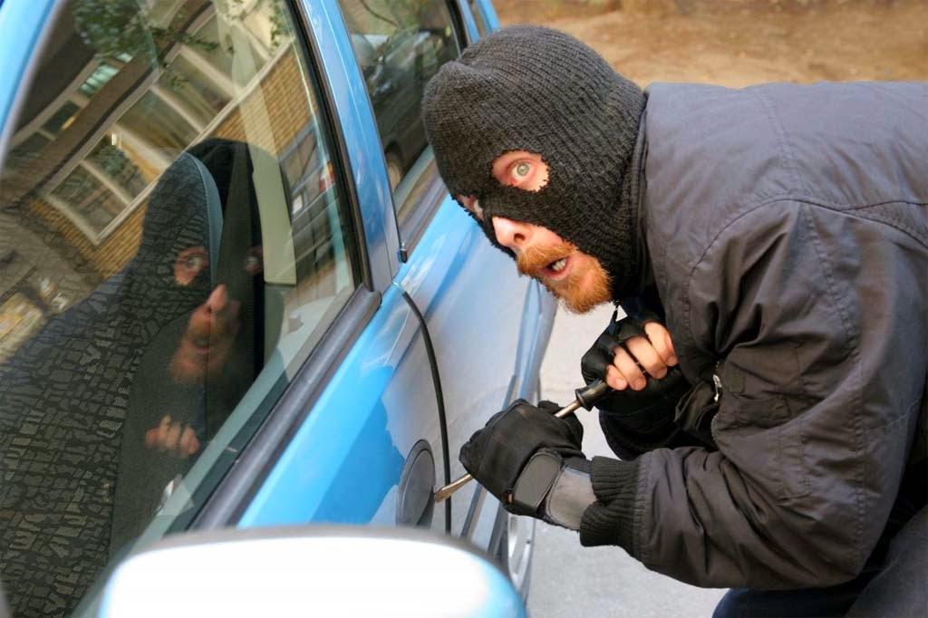 Asuransi Mobil TLO