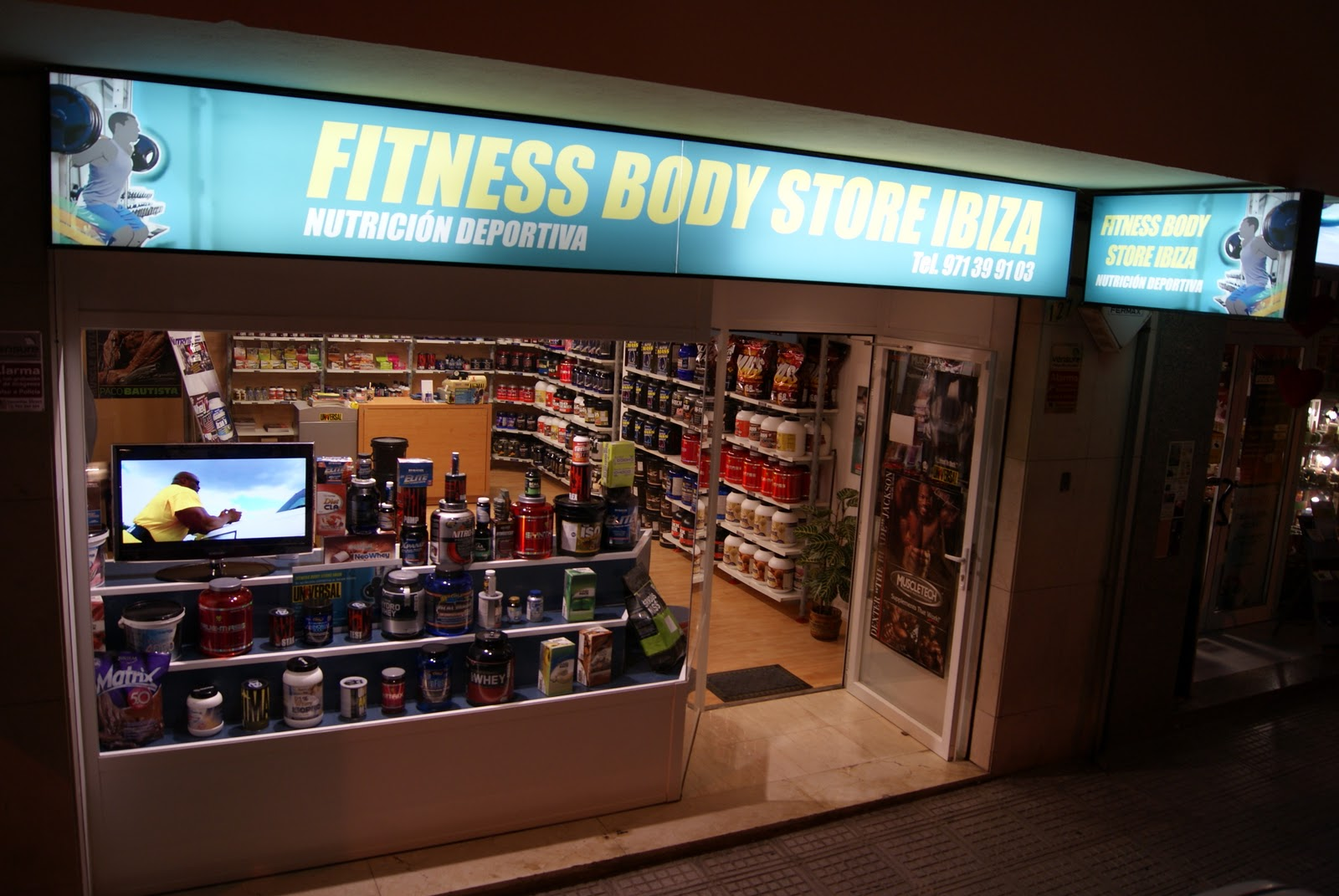 http://1.bp.blogspot.com/-8aEAy57epSM/ToikSwHIj8I/AAAAAAAAAPM/IE_D6V7g4Jc/s1600/Fitness%2BBody%2BStore%2BIbiza.JPG